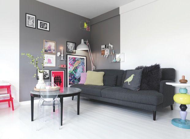 Interieur Woonkamer Grijs: kleur muur bij inrichting met okergele ...