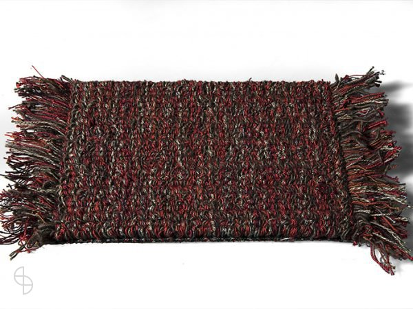 carpet sign Tweet-550200_0 cs