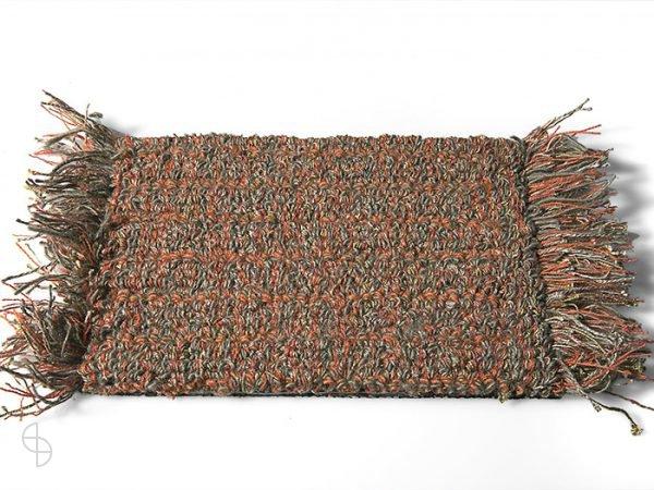 carpet sign Tweet-550230_0 cs