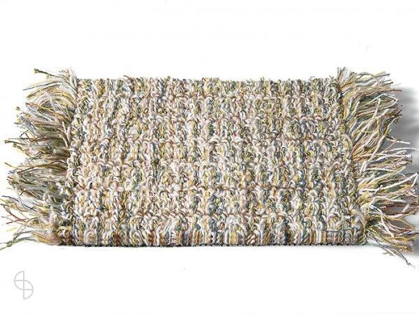carpet sign Tweet-550240_0 cs