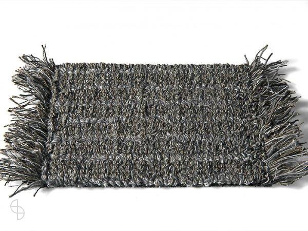 carpet sign Tweet-550270_0 cs