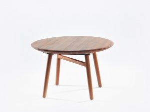 Dash eetkamertafel artisan table walnoot